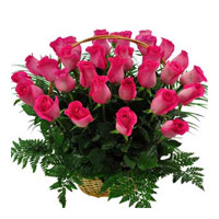 Valentine's Day Flower Delivery in Mumbai : Pink Roses Basket