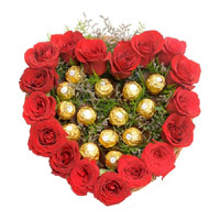 Send Heart Of 16 Pcs Ferrero Roacher N 18 Red Roses in Mumbai