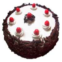 Karwa Chauth Cakes to Mumbai - Black Forest Cake From 5 Star