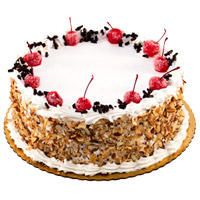 Cake Delivery in Mumbai to send 2 Kg Black Forest Cake From 5 Star Hotel