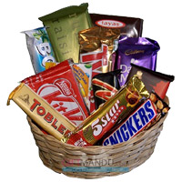 Send Basket Assorted Chocolates in Mumbai with Best Diwali Gifts to Mumbai