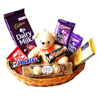 Valentine's Day Chocolates and Gifts to Mumbai