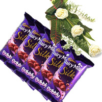 Order 5 Cadbury Silk Bubbly Chocolate With 3 White Roses Delivery in Mumbai