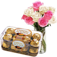 Deliver 10 Pink White Roses Vase 16 Pcs Ferrero Rocher Chocolates to Mumbai