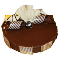 Online Delivery of 3 Kg Chocolate Truffle Cake to Mumbai From 5 Star Hotel
