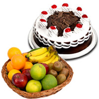 Order Bhaidooj Gifts to Mumbai like 500 gm Black Forest Cakes with 1 Kg Fresh Fruits Basket