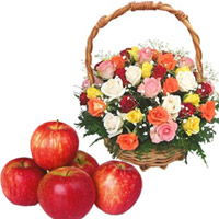 Online Friendship Day Gift to Mumbai of Mixed Roses Basket 45 Flowers with 1 Kg Fresh Apple