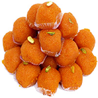 Send Online Gifts to Mumbai on Friendship Day, 1kg Motichoor Ladoo