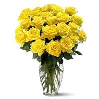 Flowers to Mumbai : 24 Yellow Roses Vase